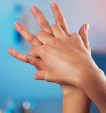 Anleitung zum Hände desinfizieren. So geht es richtig! img